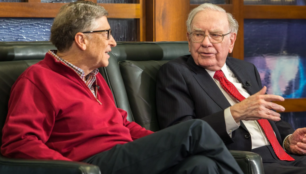 Berkshire Hathaway Warren Buffett offers investment lessons