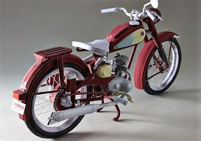 In 1955, the Japanese market was brimming with motorcycle manufacturers. Genichi Kawakami was then-president of musical instrument man