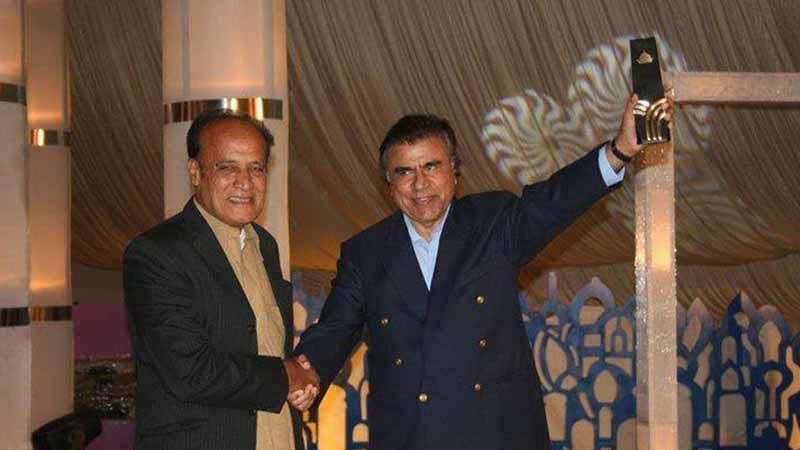 Tariq Aziz got the PTV award