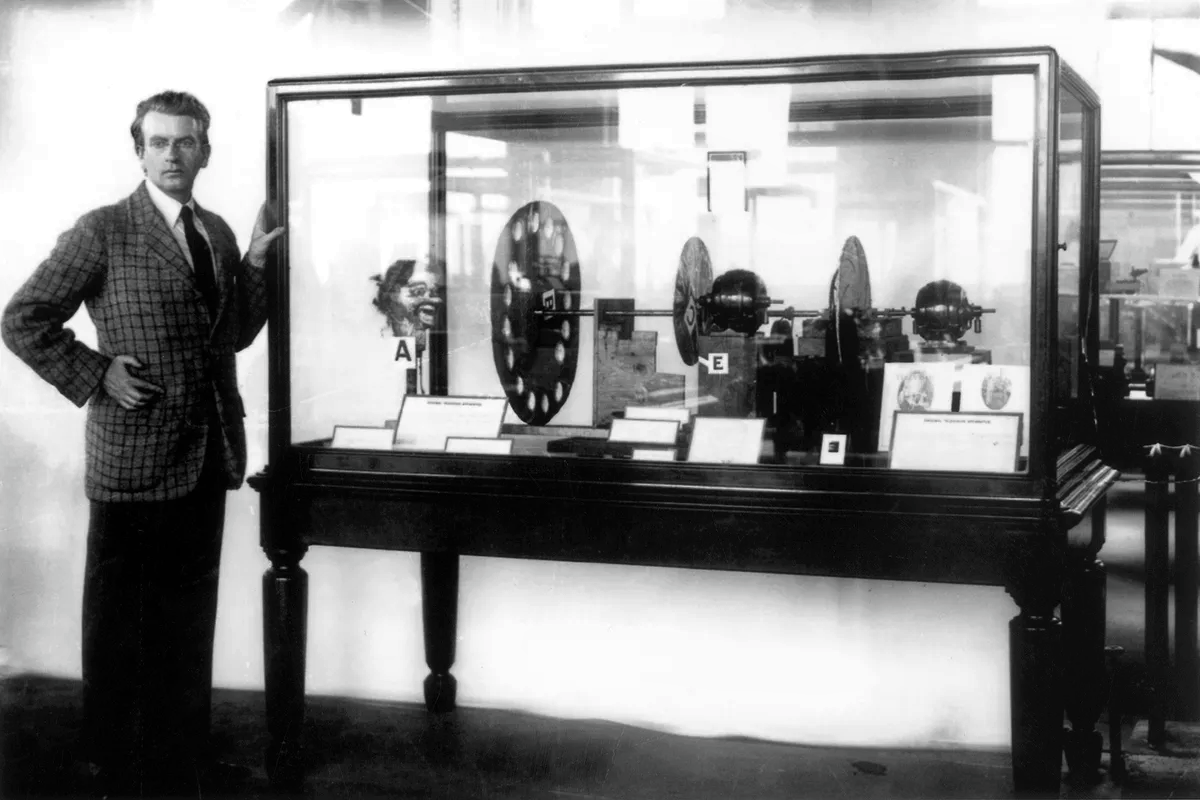The mechanical television debuted 90 years ago. Its inventor was nuts