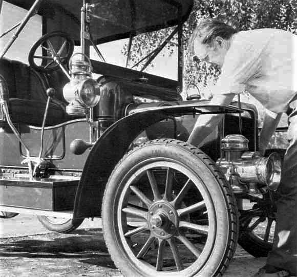 Daimler and Maybach favored designs to create vehicles