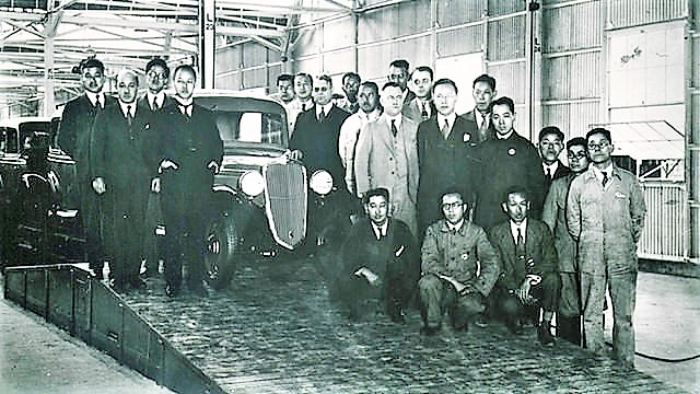 The off-line ceremony of the first Datsun saloon at the Yokohama Plant